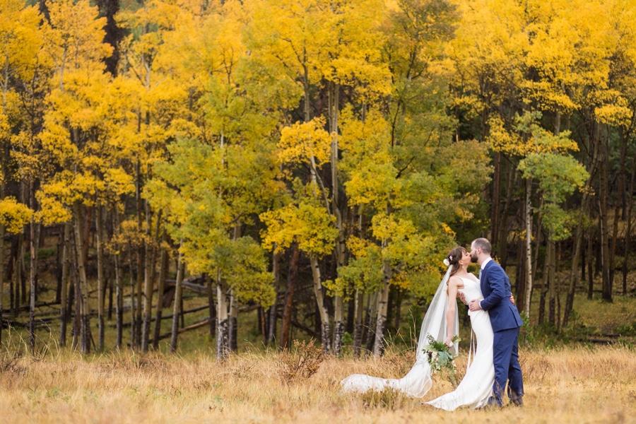 Fall Della Terra Wedding – Estes Park Wedding Photographer