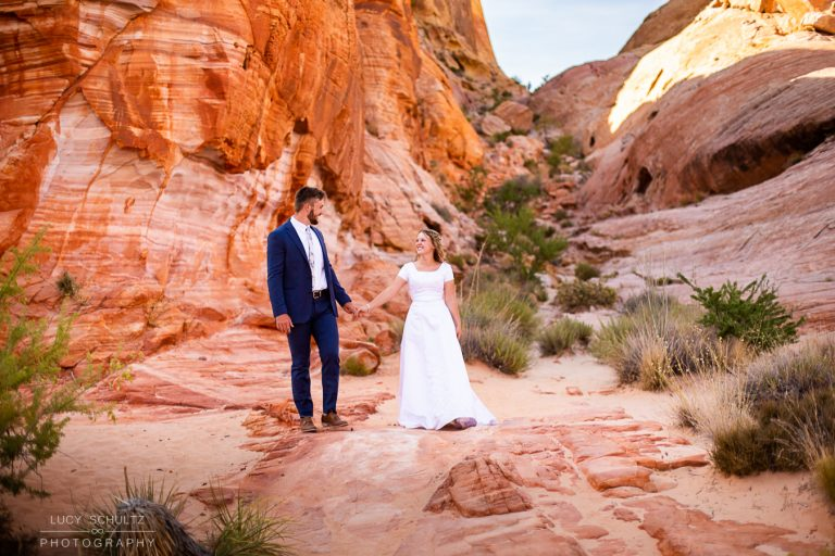 Valley of Fire Elopement Photos – Destination Elopement Photographer