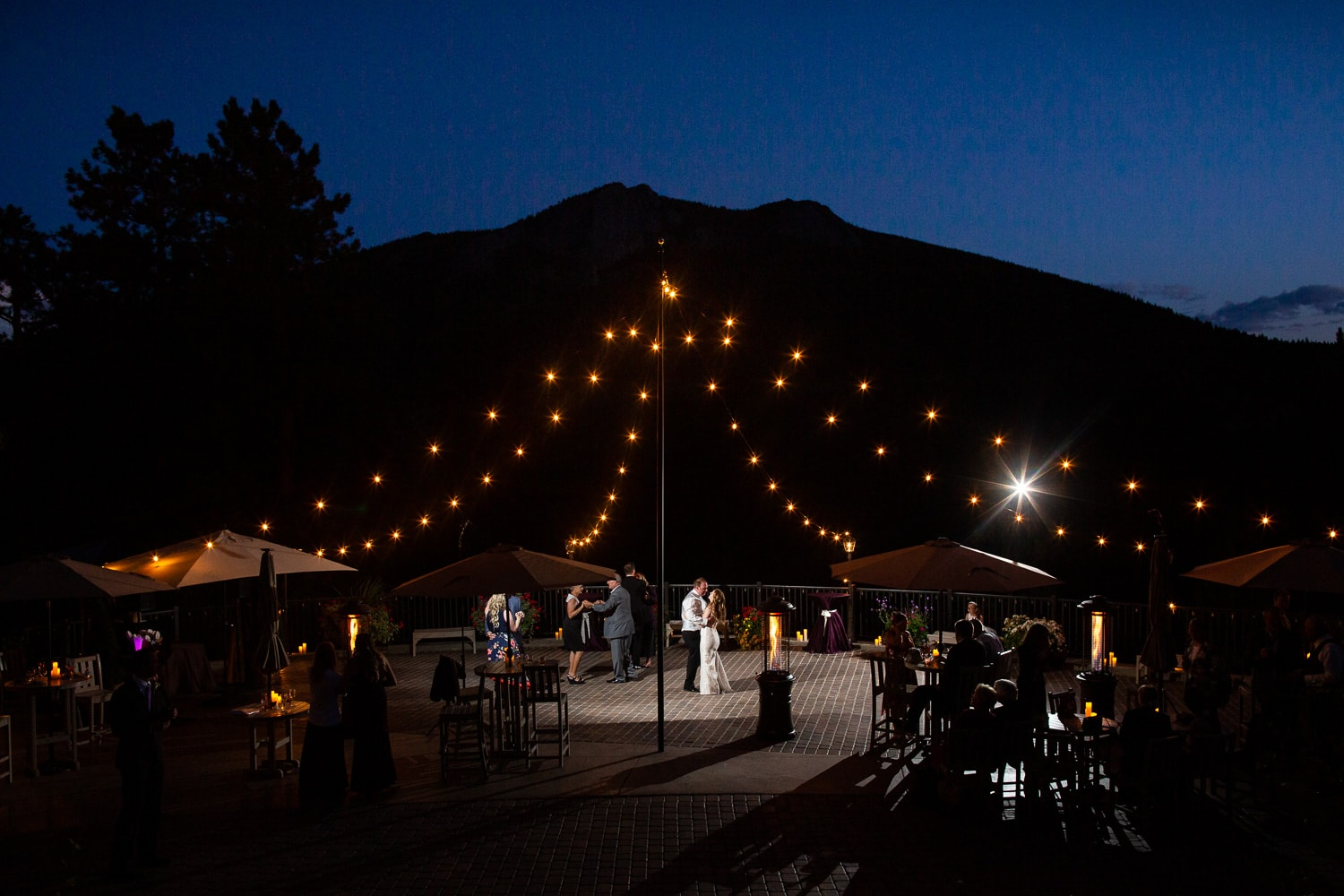 Summer Della Terra Wedding Photos – Estes Park Wedding Photographer