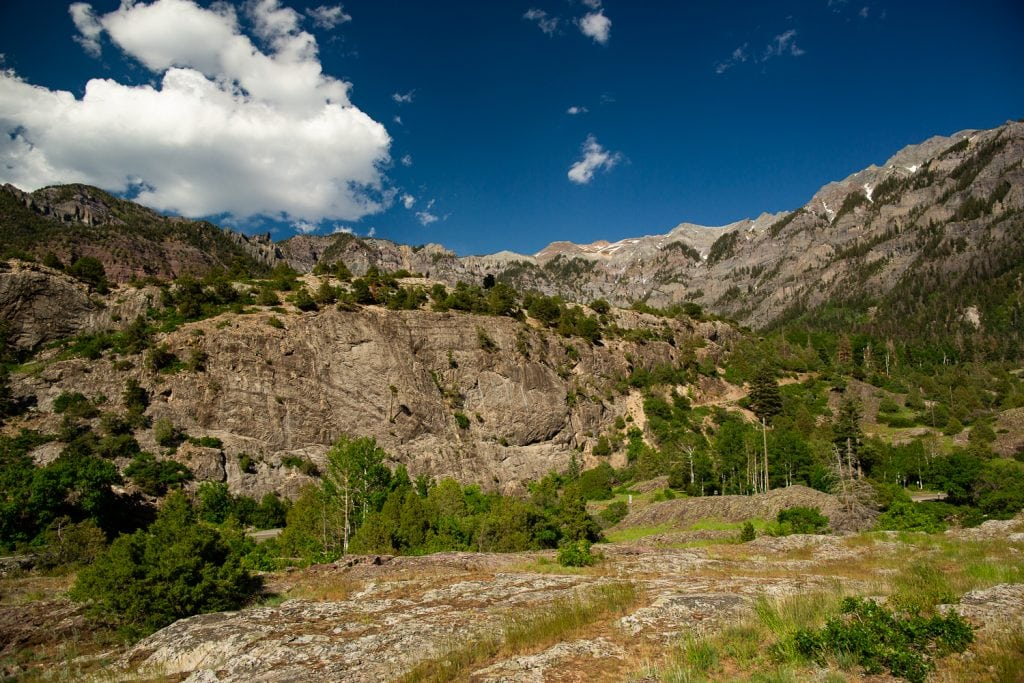 The amphitheater elopement location in Ouray, Colorado in summer.