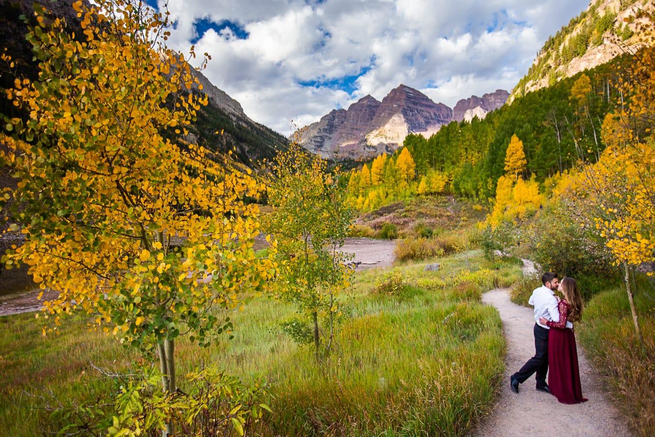 Fall Maroon Bells Engagement Photos – Colorado's Best Engagement Photographer