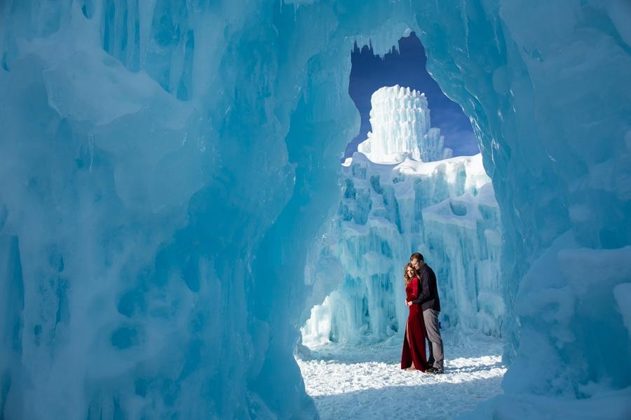 Ice Castles Engagement Photographer Colorado