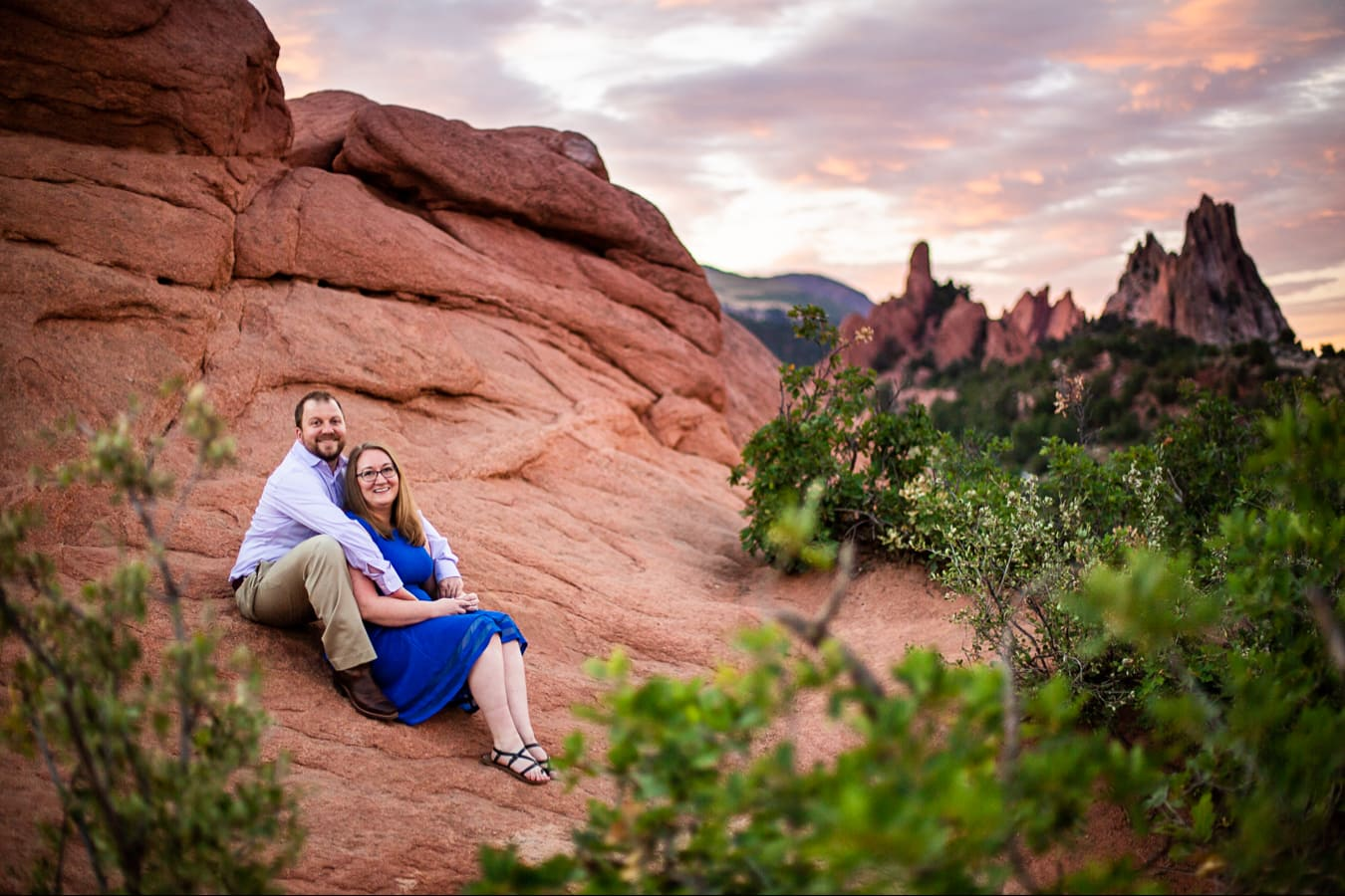 Garden Of The Gods Engagement Photos – Colorado Engagement Photographer