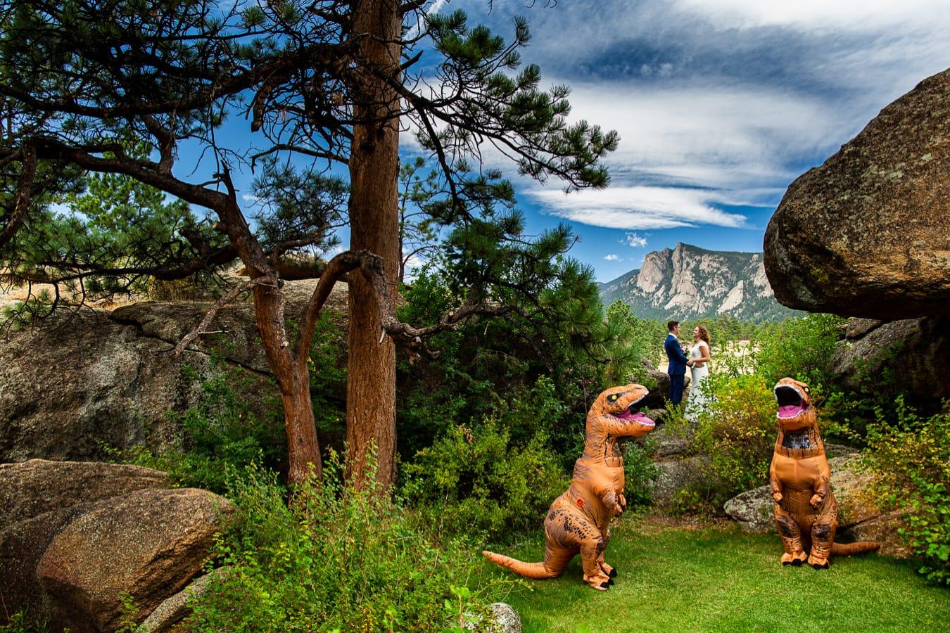Black Canyon Inn Elopement Photos – Estes Park Elopement Photographer
