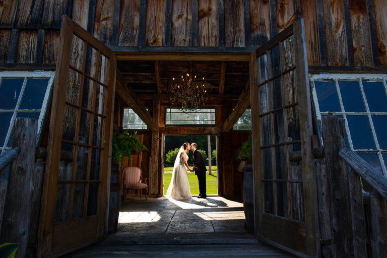 Meredith & Jeff's Colorful Destination Wedding Photos